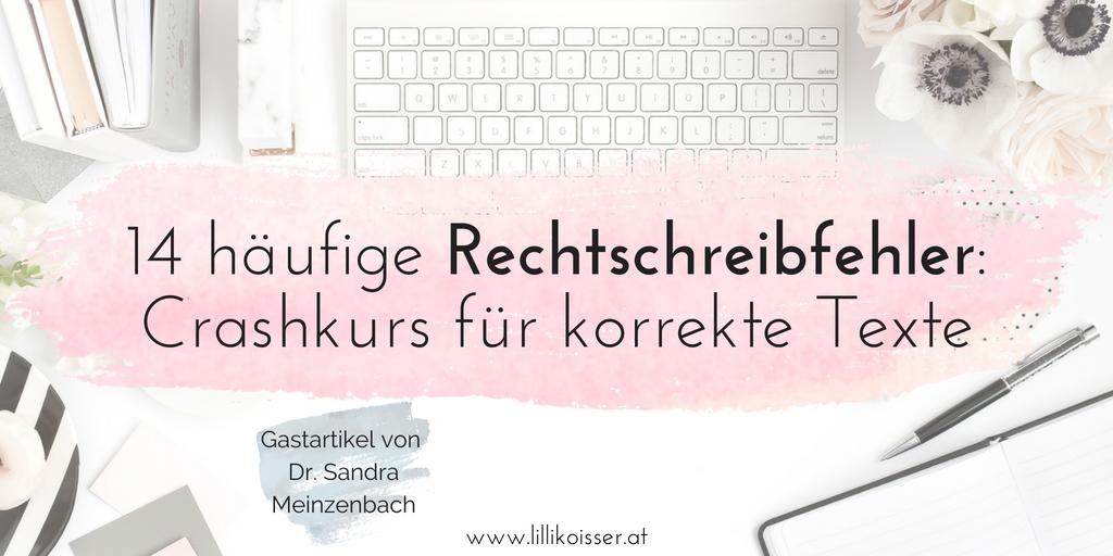 Beliebte Rechtschreibfehler: Crashkurs für korrekte Texte. Motiv Schreibtisch, PC-Tastatur, Bücher, Stift und Blumen