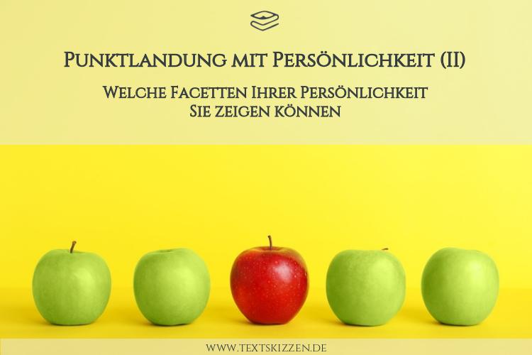 Wie Unternehmer Persönlichkeit zeigen können: Vier grüne Äpfel und ein roter Apfel vor gelbem Hintergrund